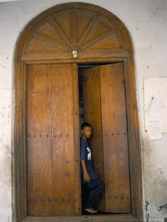 arab-style-door-mombasa-kenya