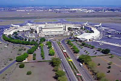 http://www.kenya-advisor.com/images/kenyatta-airport-nairobi.jpg